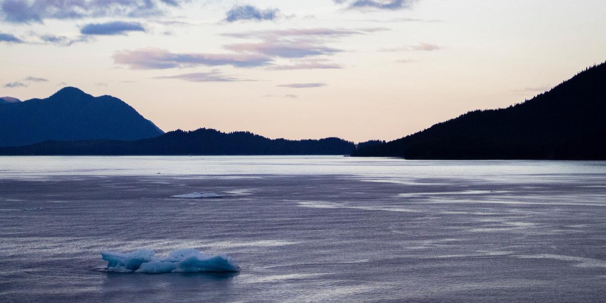 Alaska-Iceberg1200x600